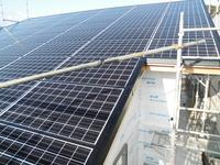 家庭用ソーラーパネル設置