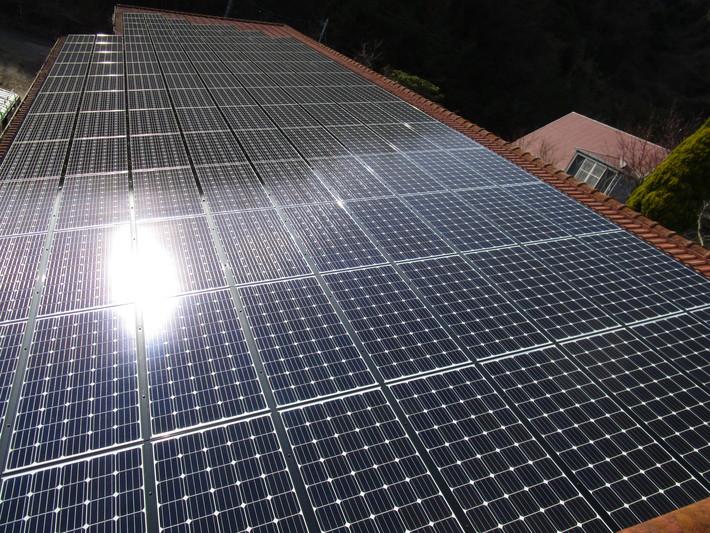産業用ソーラーパネル04のサムネイル
