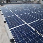 産業用ソーラーパネル02のサムネイル